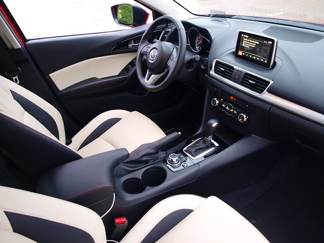 2014 Mazda3 S Grand Touring 5Dr