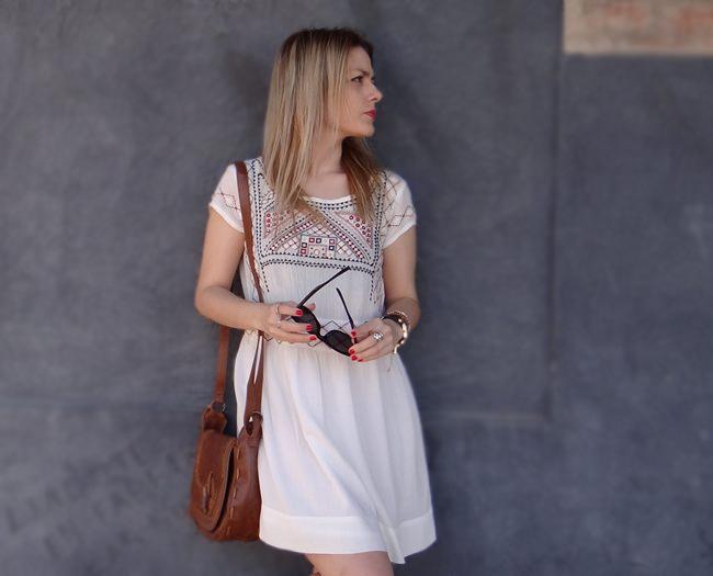 vestido mango bordado
