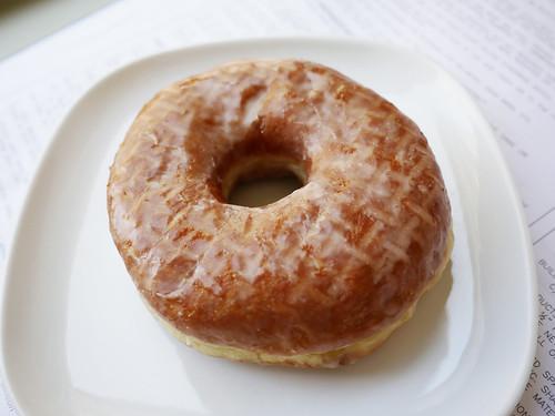 05-20 vanilla bean doughnut
