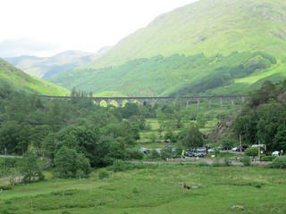 Glenfinnan viaduct zoom from mon