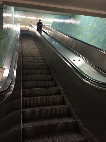 European Instagram meetup #EverchangingBerlin_@muenchmax on the Alexanderplatz station escalators