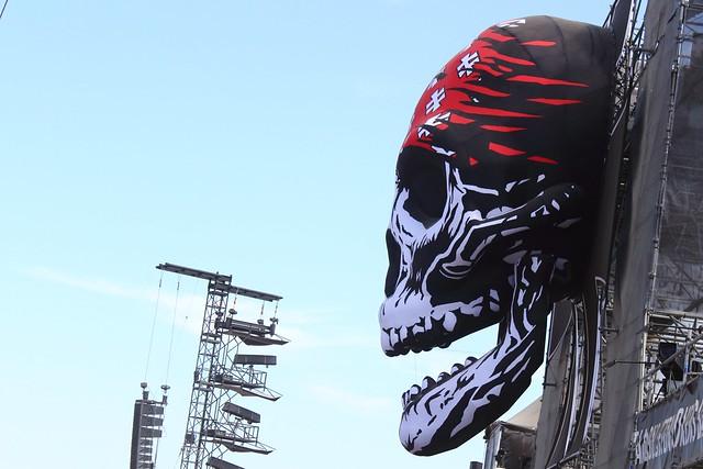 Crâne géant // Giant skull