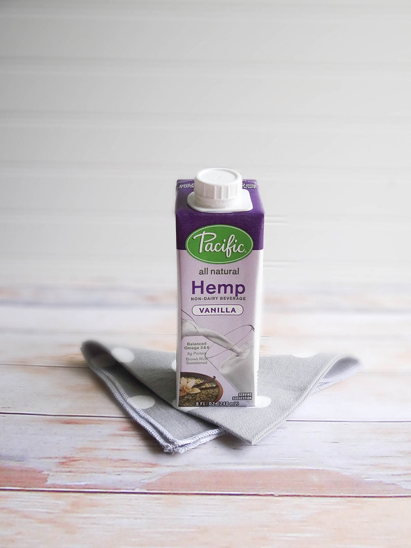 kiwi blackberry hemp smoothie