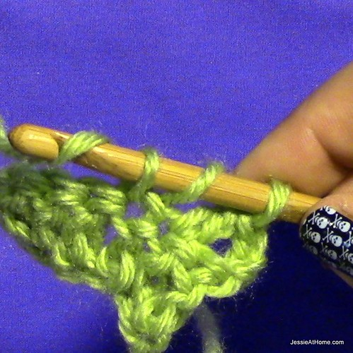 Stitchopedia-Getting-Started-Double-Crochet-5