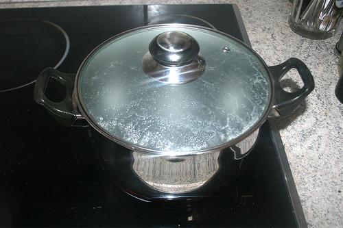 35 - Wasser zum kochen bringen / Bring water to boil