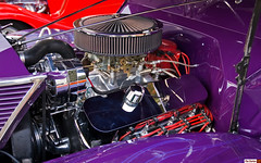 1937 Ford 5-Window hotrod Coupe - purple - Chevy power