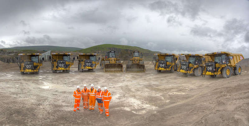 Finning and CEMEX sign £11m Intergrated equipment management deal
