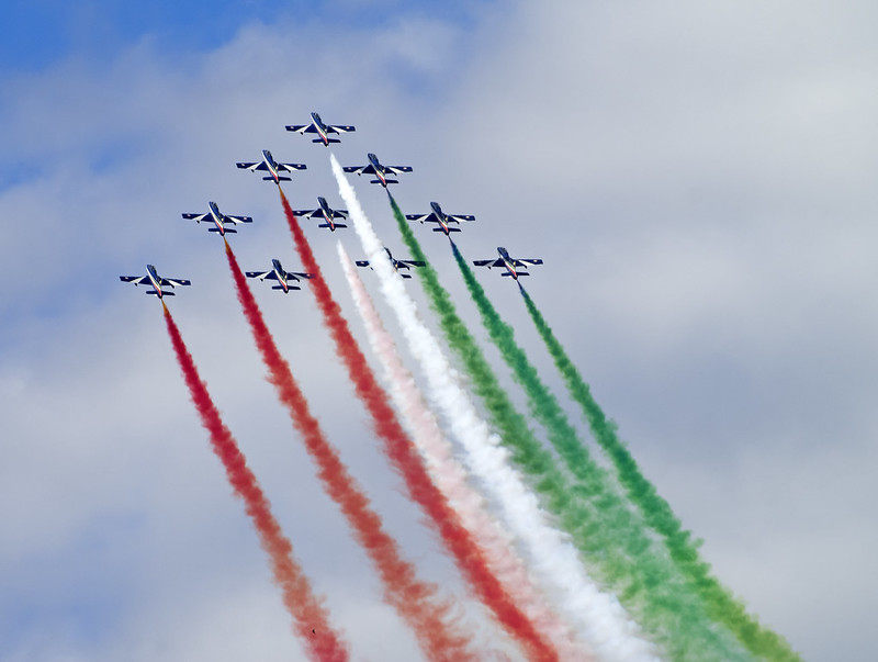 Italian Display Team 389 (241)