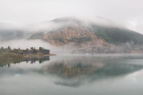 morning fog landscape day serbia balkan srbija taramountain zaovine zaovinskojezero bajinabašta westserbia zlatibordistrict nacionalniparktara zaovinelake imagesofserbia branalazići serbianlandscapes irenebeckereu branalazici