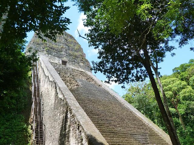 Templo V de Tikal (Guatemala)