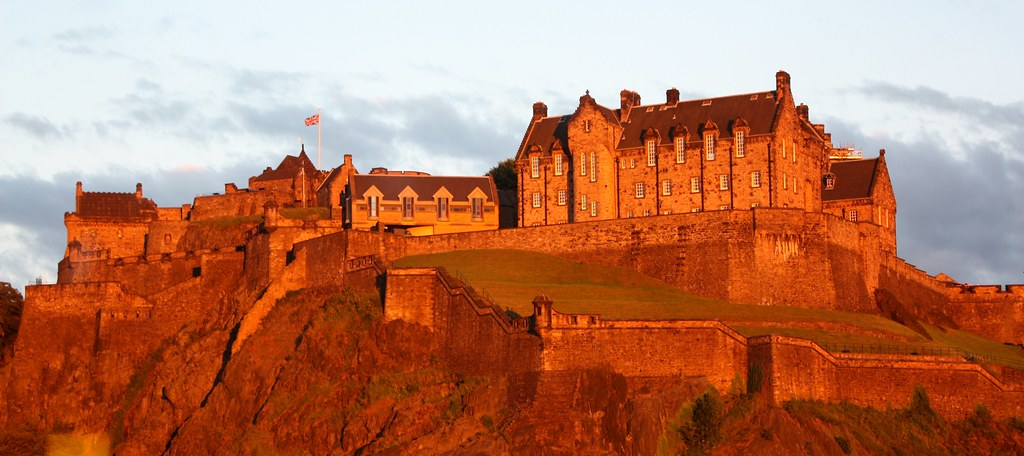 Edinburgh Sunset on the castle