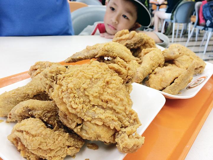 lucas a&w chicken