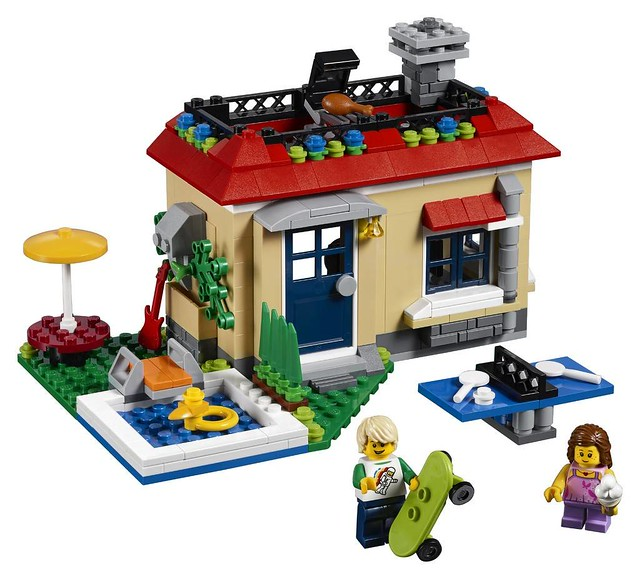 31067 Modular Poolside Holiday 2