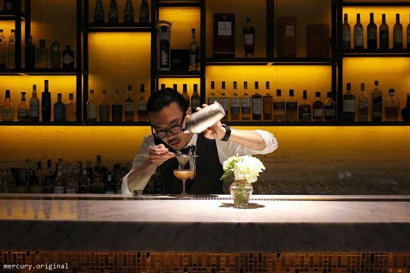 33019655391 778fe80419 b - 熱血採訪 | 台中西屯【Beluga Restaurant Bar 法式餐廳】夜太美!都會享樂景觀池畔,氣氛優雅浪漫的約會餐廳(已歇業)