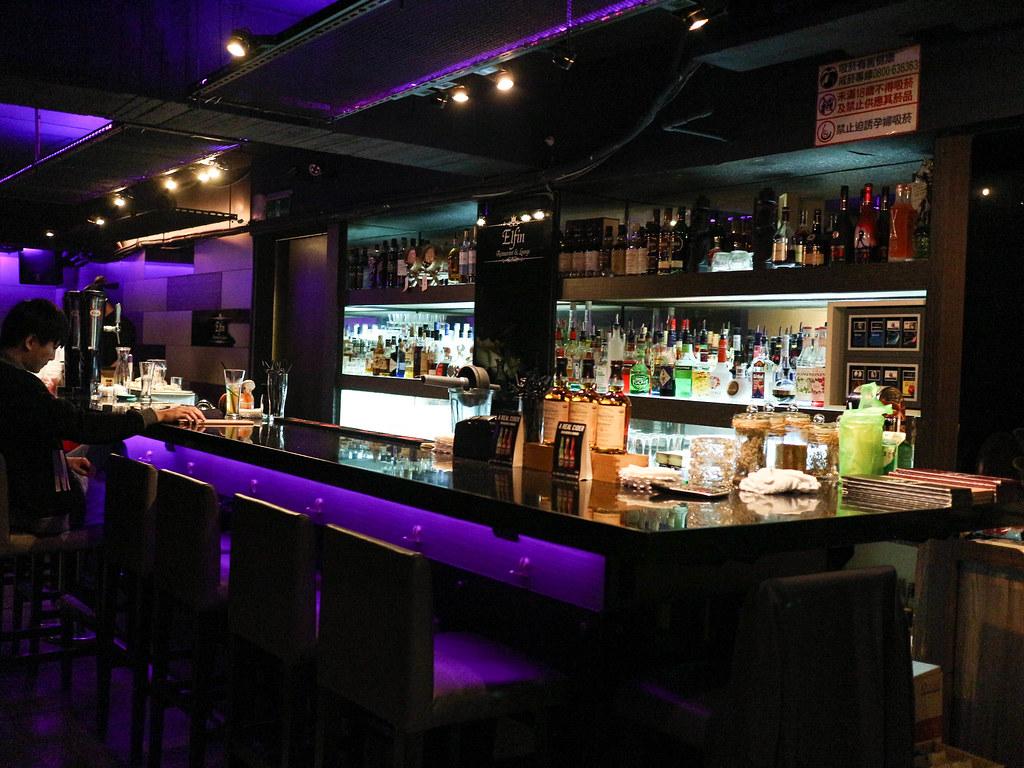 Elfin Restaurant & Lounge (61)