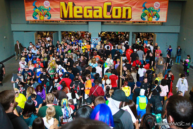 MegaCon 2014 convention halls and crowds