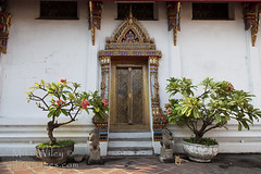 Wat Pho Temple Entrance