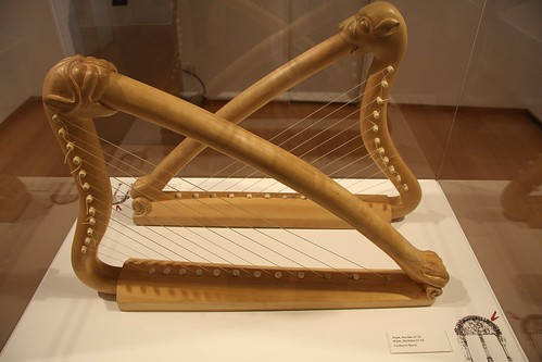 Harpas. Instrumentos do Pórtico da Gloria (Consorcio de Santiago - Fundación Barrié)
