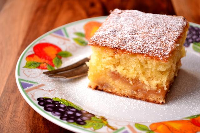Jelly Cake Recipe Uk: Rhubarb And Ginger Jam Cake - Frugalfeeding