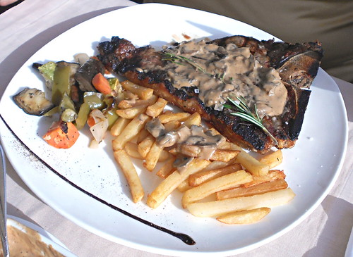 T bone steak & chips