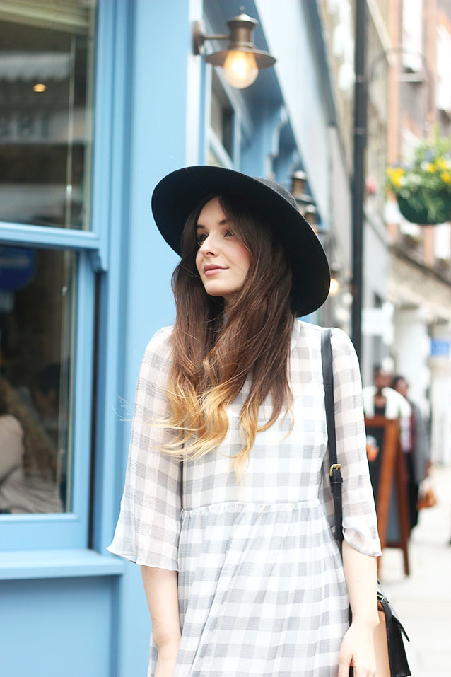 Topshop Gingham Dress Fedora Girlie Outfit
