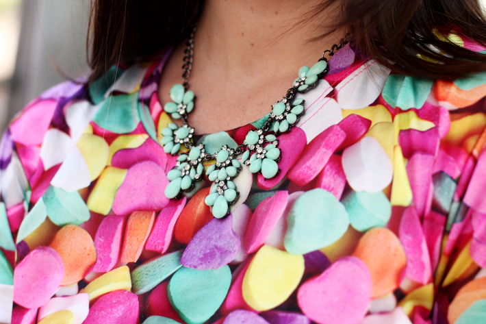 photoprint t-shirt statement necklace oasap