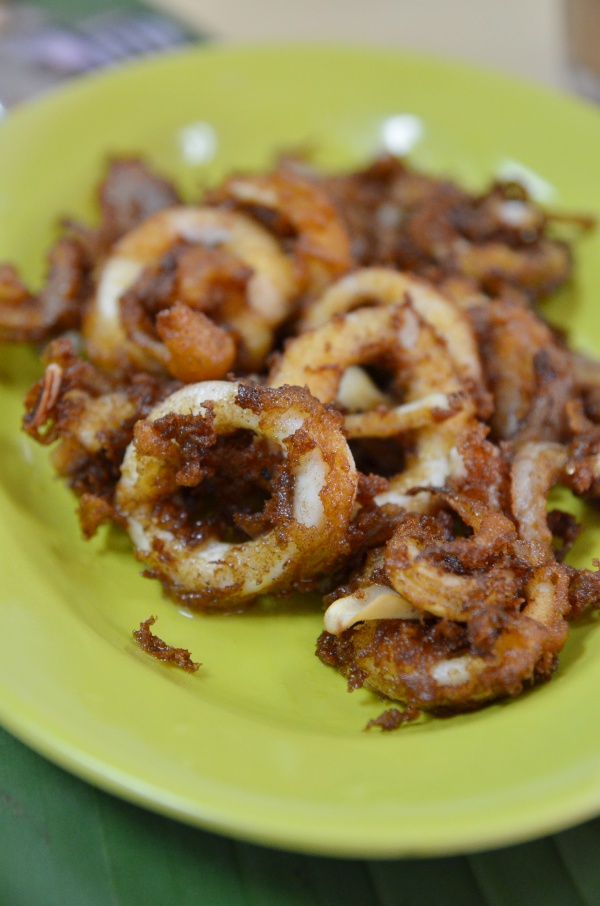 Batter Fried Squid with Onions