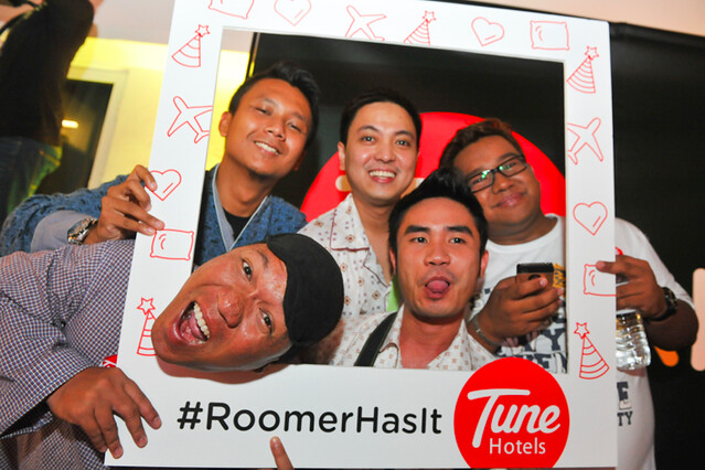 Tune Hotel KLIA2 #RoomerHasIt Pyjama Party