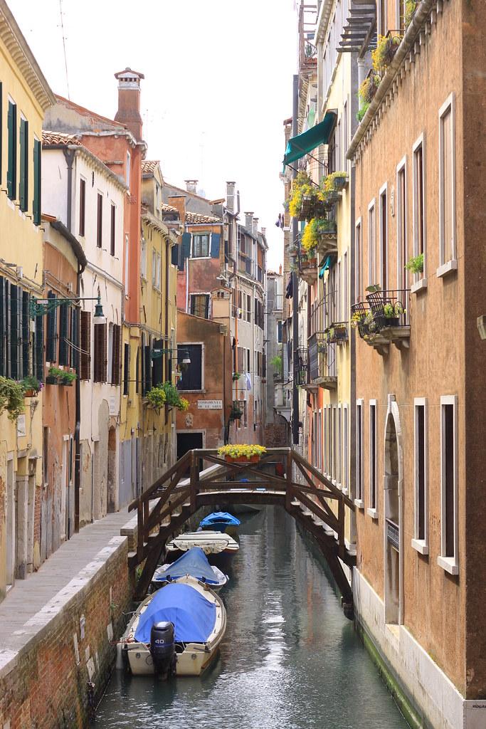 Italy010