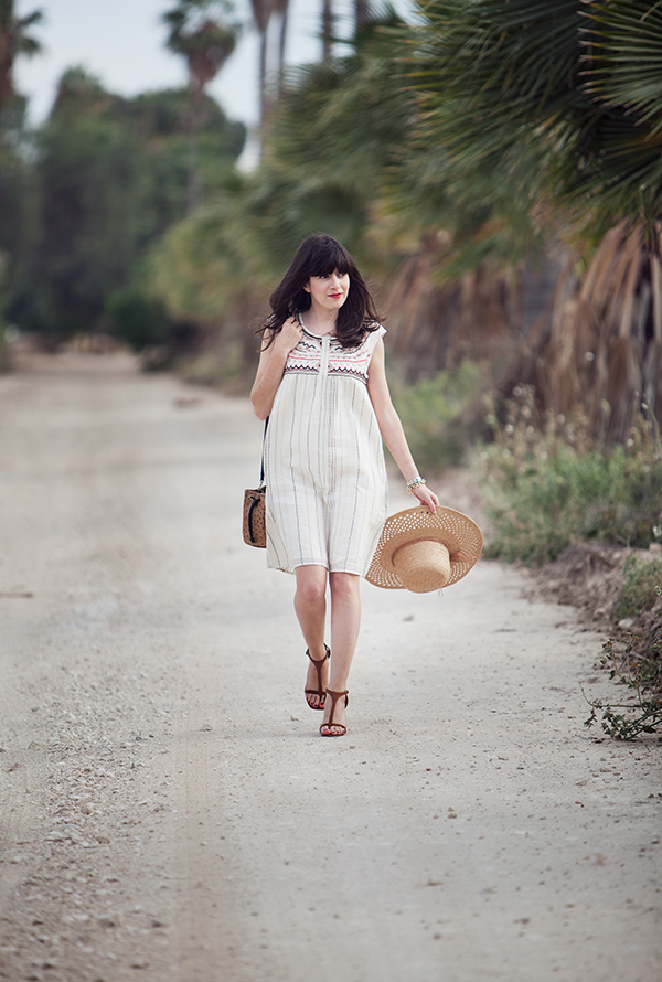 israeli fashion blog, boho dress, celine sandals, straw hat, אפונה בלוג אופנה, דר משיח, סנדלים סלין, כובע קש, שמלה