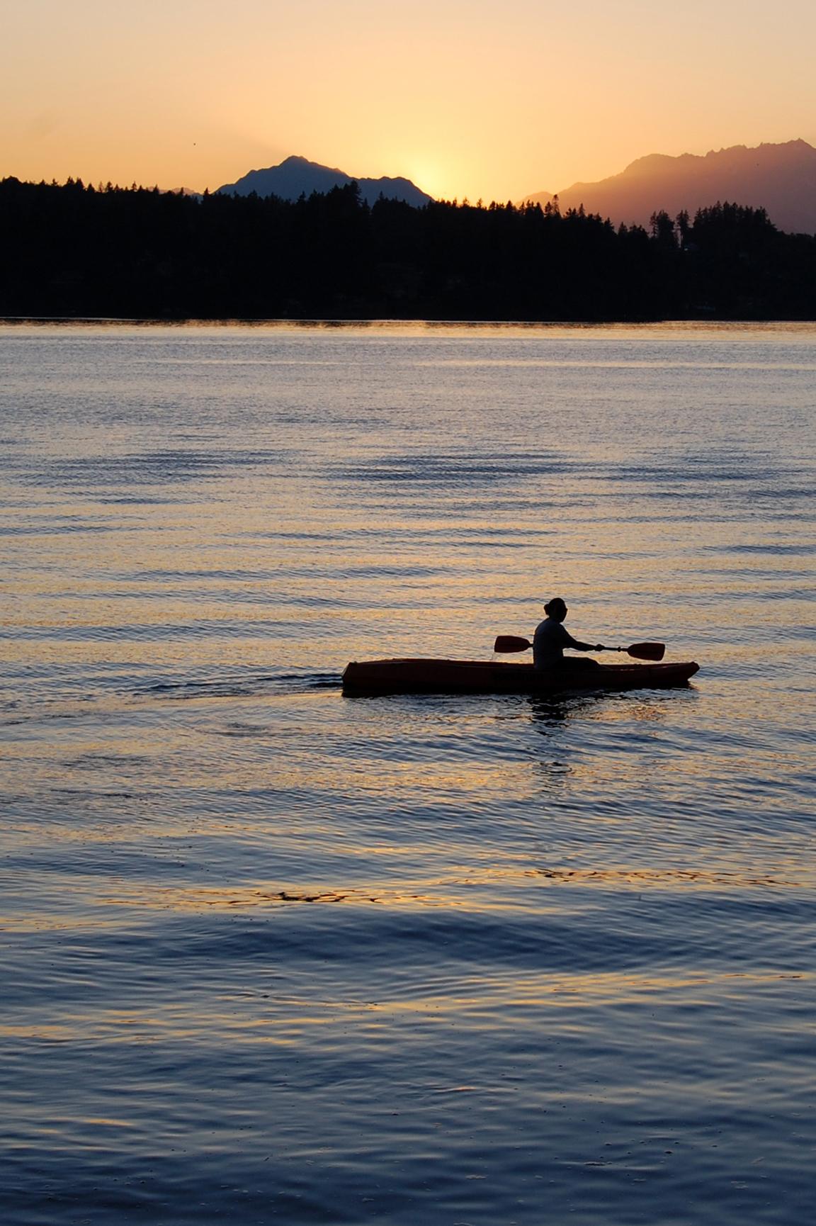 Kayaking@SeattleThrowback
