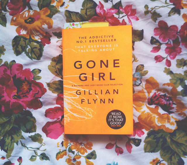 gone girl gillian flynn book review lifestyle book blog uk