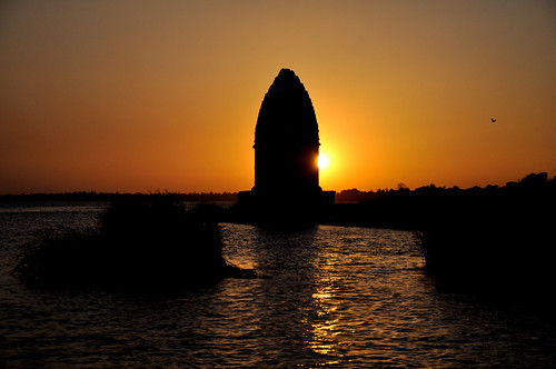 sunset india madhyapradesh maheshwar ahilyaghats