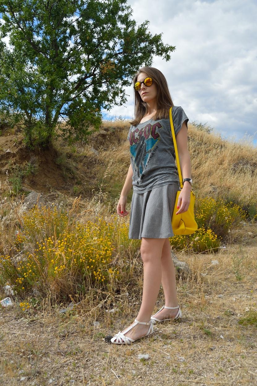 lara-vazquez-madlula-blog-style-look-grey-rocks