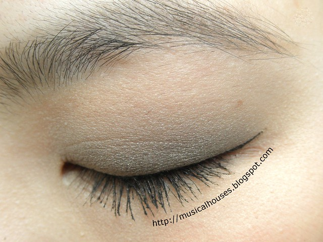 Benefit Theyre Real Push Up Liner EOTD Closed