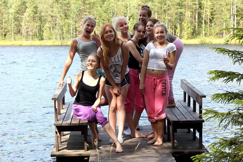 tyttöset