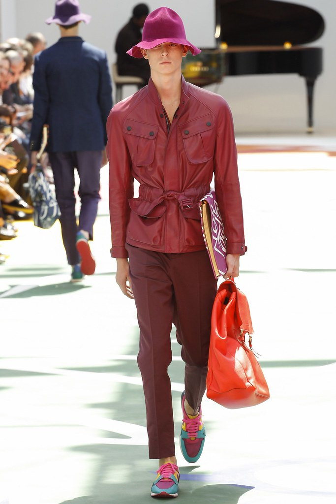 SS15 London Burberry Prorsum012_Gustaaf Wassink(VOGUE)