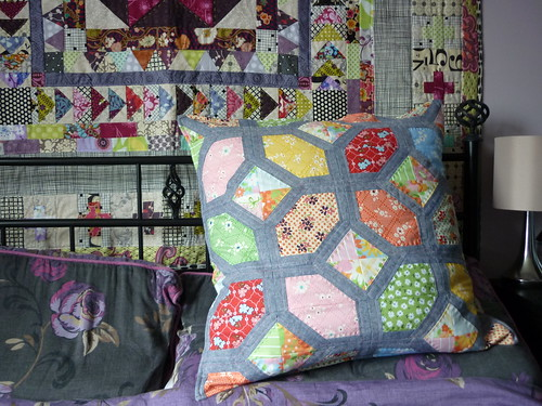 Nellie's Knots cushion