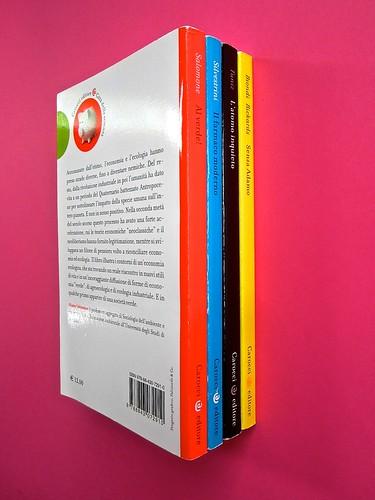 Città della scienza; vol. 1, 2, 3, 4. Carocci editore 2014. Progetto Grafico di Falcinelli & Co. Quarta di copertina: vol. 4, dorsi: vol. 4, 1, 3, 2 (part.) 1