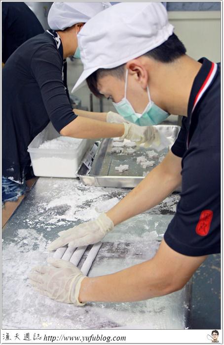 黑丸 仙草 愛玉 飲料 冰品 DIY 吃到飽 清涼 解渴 抗暑 旅行