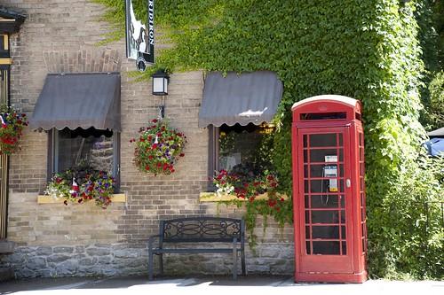 corner telephonebooth merrickville