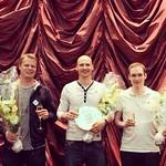 Casino Helsinki onnittelee sunnuntain Omaha Pot Limit Six Max 5000 + 100 € Freezeout -voittajia. Ville Wahlbeck voittopotti 31 500 €. Toiseksi tulleen Juha Helpin 17 500 €.  Kuvassa voittajakolmikko: Helppi (2.), Wahlbeck (1.) ja Ville Mattila (3.).  Turn