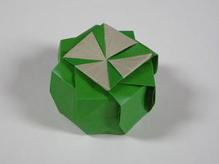 Octagonal tato-box