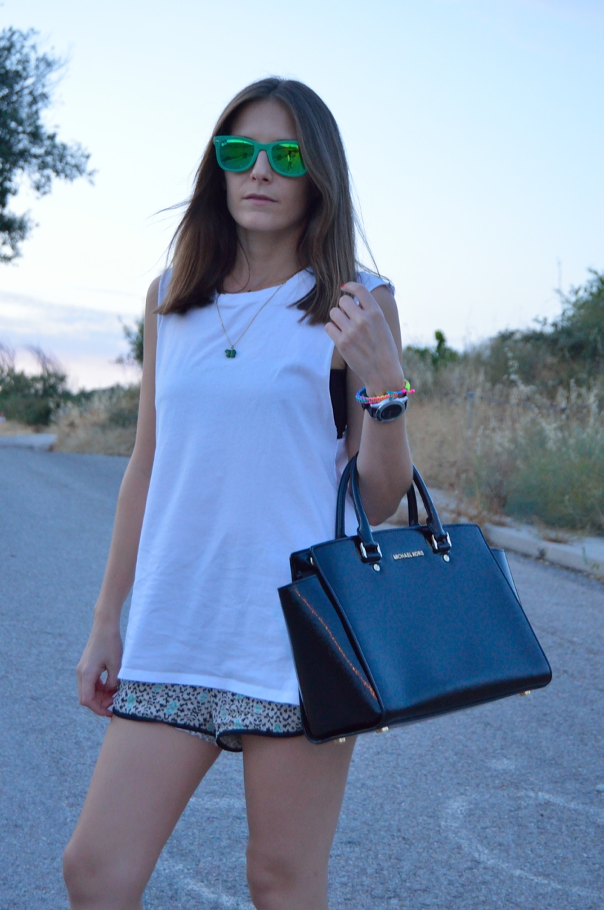 lara-vazquez-mad-lula-fashion-blog-white-tee-shades-green-easy