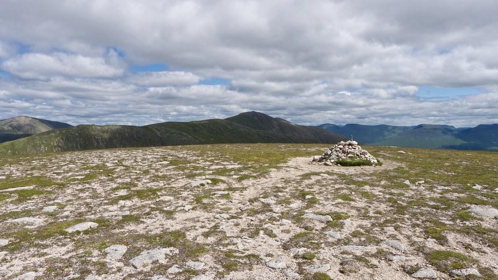 Summit of Meall nan Eun