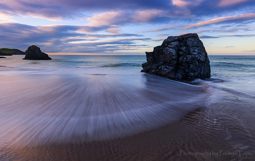 longexposure blue sunset sea seascape motion color beach water beautiful weather rock canon landscape eos evening bay coast scotland movement lowlight moody north scottish wideangle blurred calm romantic lonely lowtide emotional fullframe sands durness sango ef1740 atmopheric 5dmkii