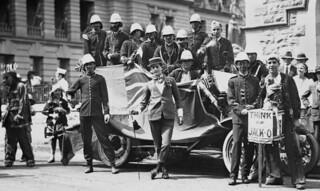 Peace Celebration Day float in Brisbane 1918