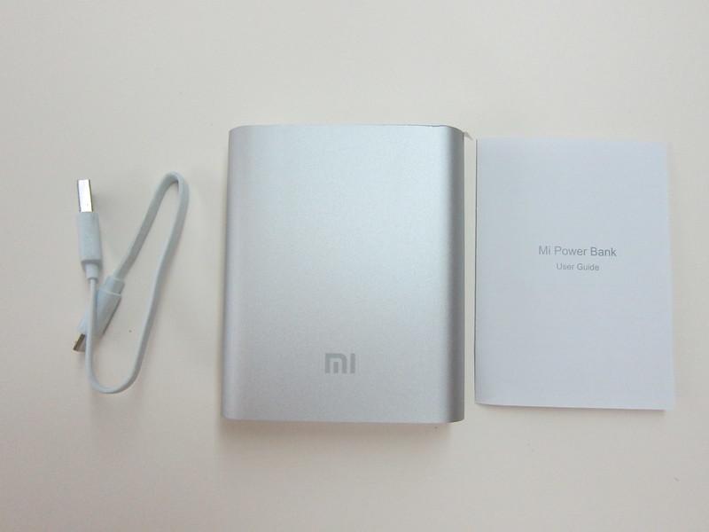 Xiaomi Mi 10,400mAh Power Bank - Packaging Contents