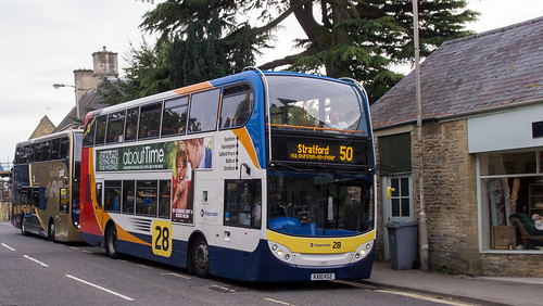 Stagecoach 15671 on route 50 in Chipping Norton