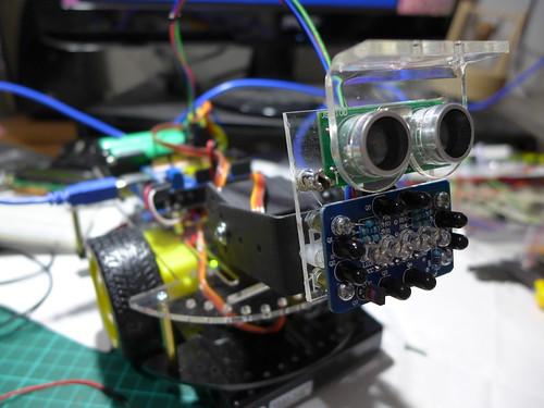 超聲波與複眼紅外線模組
